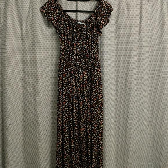 e5faedc6e0e9 Kimchi Blue Dresses & Skirts - Kimchi Blue Floral Maxi Dress